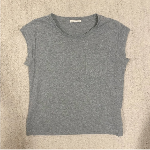 Zara heathered grey top with front pocket